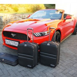 Set of luggages, taylor-made suitcases for Ford Mustang 6 convertible
